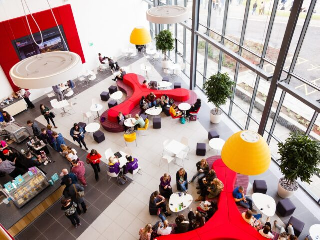 Edinburgh-College-Atrium-e1449668262419